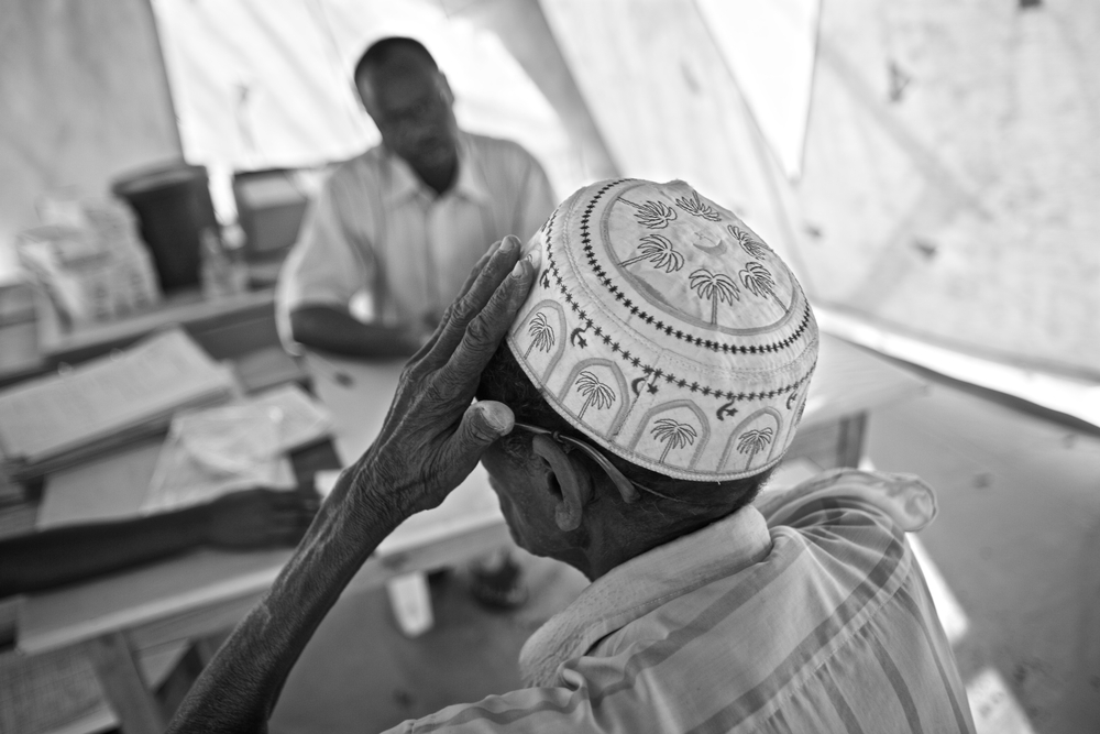 A mental health consultation in Dadaab © Robin Hammond/Panos Pictures