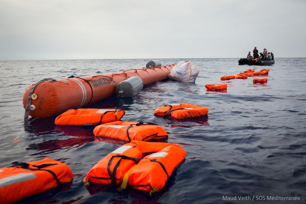 [© Maud Veith/SOS Méditeranée]