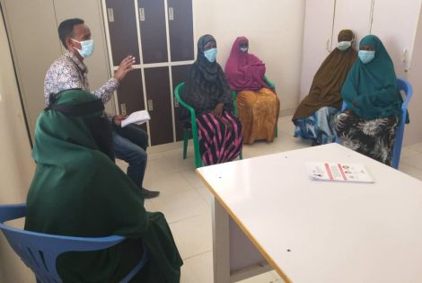 Mothers during a health promotion sessionat Las Anod hospital in Sool