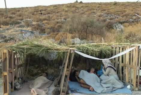 Fires at Moria migrant camp left thousands homeless. [© Enri CANAJ/Magnum]